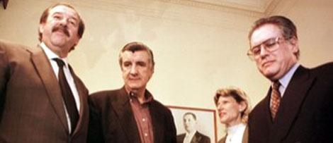 Eduardo Arnold a la izquierda de la imagen.|Efe