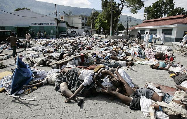 Mas de 240.000 muertos en el terremoto de Haiti - Página 3 1263554517_2