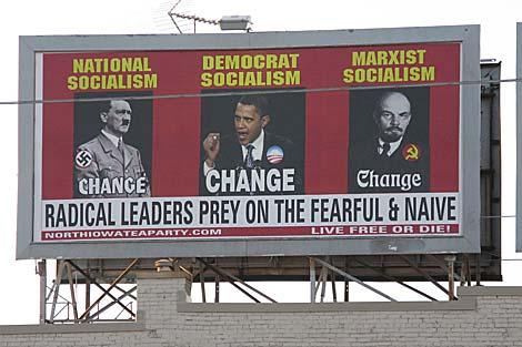El cartel colgado por el 'Tea Party' de Iowa en un tejado. | AP