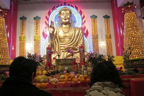 Estatua de Buda en el templo del Centro Histórico Budista. | Carlos Fresneda