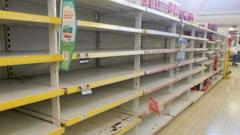 Desabastecimiento en un supermercado.| Foto: La Voz