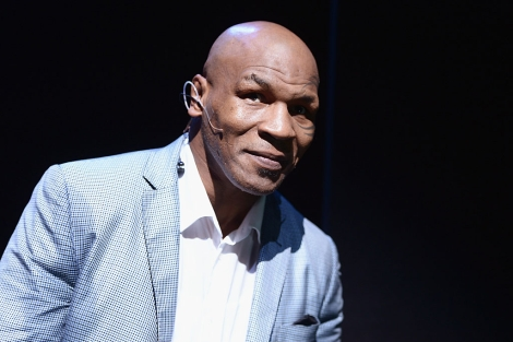 Mike Tyson en el teatro Longacre de Broadway.| Afp