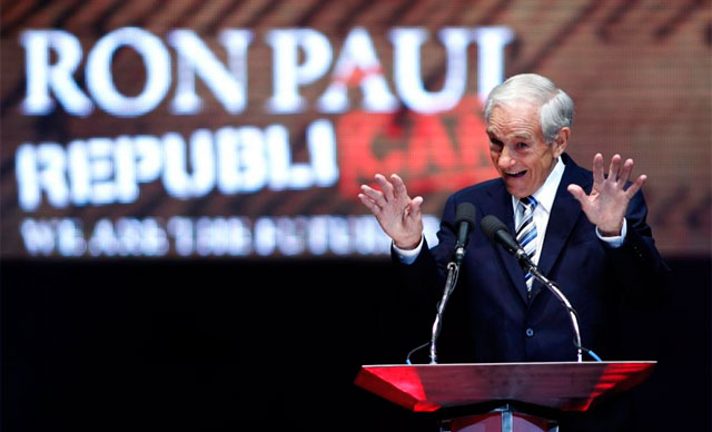 El congresista Ron Paul durante su discurso en Tampa. | Reuters