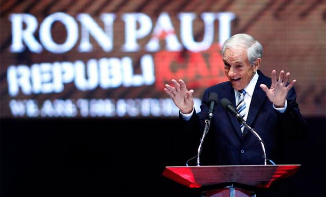 El congresista Ron Paul durante su discurso en Tampa. | Reuters