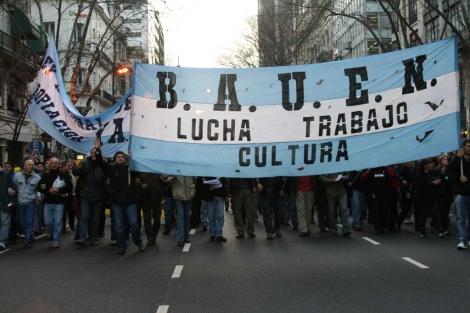 Los trabajadores cuando ocuparon el Bauen.| Grupo Alavio.