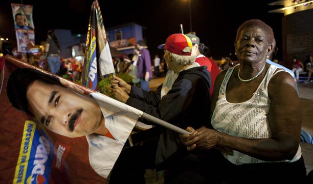 Seguidores Nicolás Maduro en las calles de Caracas. | Efe
