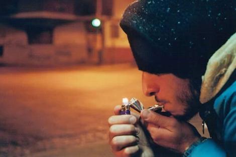 Un fumador de pasta de cocaína.| Fundación Manantiales