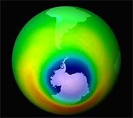 Aspecto del agujero en la capa de ozono en el año 2000. (Foto: AP)