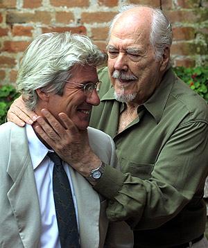 Altman, junto a Richard Gere, en el Festival de Venecia de 2000. (Foto: REUTERS)