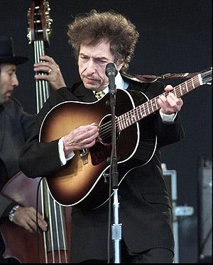 Dylan, durante una actuación en el Festival Roskilde. (Foto: EL MUNDO)