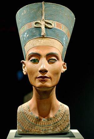 El busto de la reina Nefertiti. (Foto: EFE)