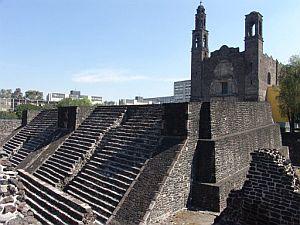 Aspecto de la pirámide hallada en la zona arqueológica de tlatelolco, al norte de ciudad de méxico, que permitirá conocer detalles de la vida de los mexicas durante la edificación de la gran tenochtitlán de 1325 a 1338. (foto: efe)