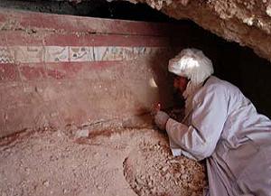 El exterior del ataúd del arquero egipcio encontrado en Luxor. (Foto: CSIC)