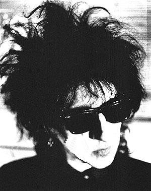 El poeta del punk, John Cooper-Clarke. (Foto: La Luna de Metrópoli)