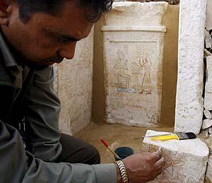 Arqueólogo asegura haber hallado pirámide de madre de faraón 1226417974_extras_ladillos_1_0