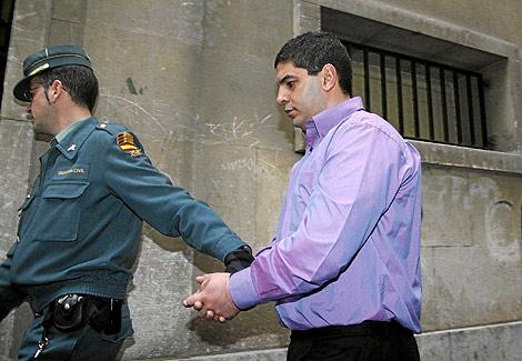 http://estaticos01.cache.el-mundo.net/elmundo/imagenes/2009/02/25/1235569044_0.jpg