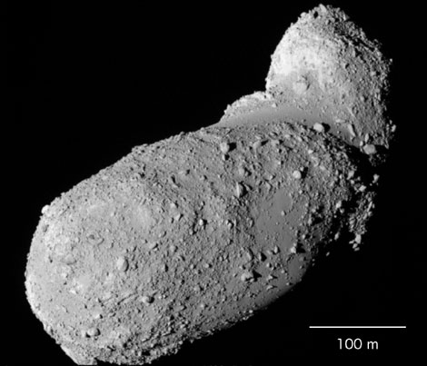 El asteroide Itokawa, fotografiad por la sonda japonesa Hayabusa. | JAXA