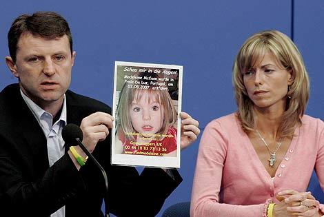 Imagen de archivo de los padres de Maddie en 2007. | Efe