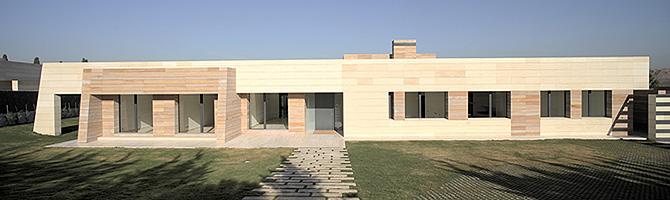 Residences of Cristiano, Kaka, Raul, Zizou, and more 1249069562_1