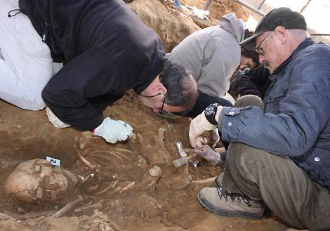 Exhumación de los represaliados de la guerra civil. | Brágimo