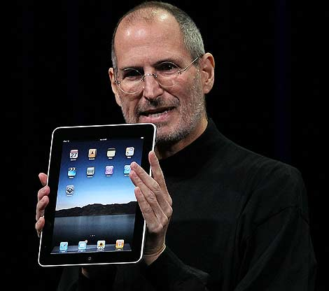 Steve Jobs con el iPad. | Afp.