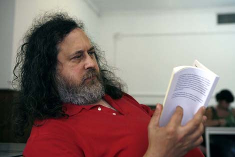Stallman ha estado en Mlaga ofreciendo una conferencia. | Jess Domnguez