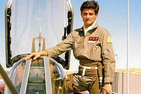 Fernández Demaría, en 1982, el día de su primer vuelo en un Mirage F-1.
