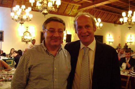 José Blanco y Carlos de la Peña, en un acto del partido de las municipales de 2007 en Baiona. | PSdeG