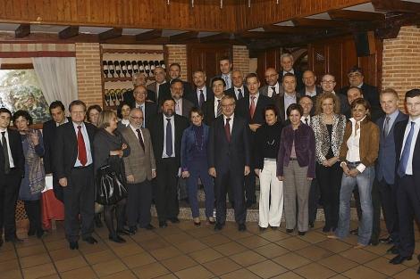 Foto De Familia Del Grupo De Politicos Gallegos Vinculados Al Gobierno
