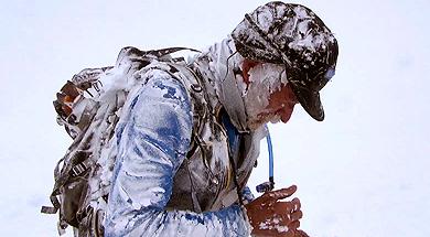 Carlos Soria, instantes después de sufrir la avalancha.