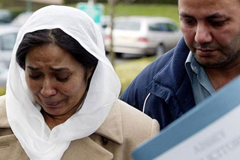 Los padres de Shafilea Ahmed, Farzana e Ifitkhar.| Reuters