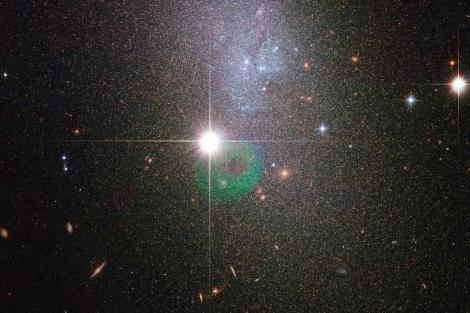 La galaxia enana DDO 82, una de las últimas imágenes difundidas por 'Hubble'. | ESA/NASA