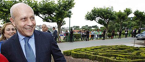 El ministro José Ignacio Wert, a su llegada a la universidad. | D. S. B.