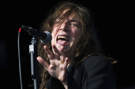 Patti Smith durante un concierto en Reino Unido. | Reuters