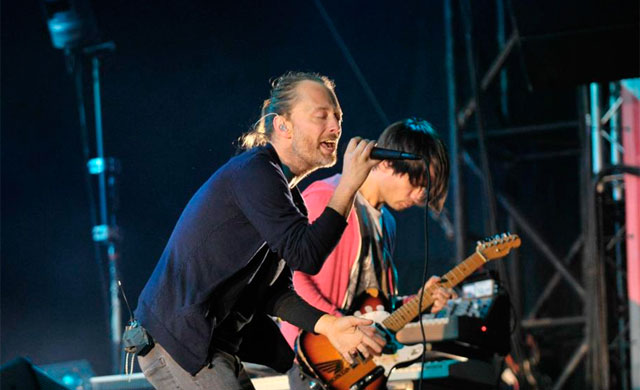 Thom Yorke, durante su concierto de anoche en Bilbao. | Patxi Corral