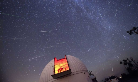 Perseidas en el Observatorio Steward, Mount Lemmon | D.A. Harvey