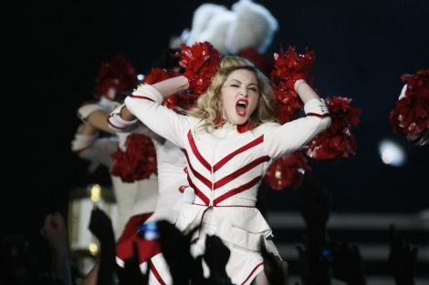 La cantante Madonna durante un concierto en Varsovia.| Kacper Pempel