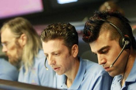 Los científicos del Curiosity, en la sala de control. | Reuters
