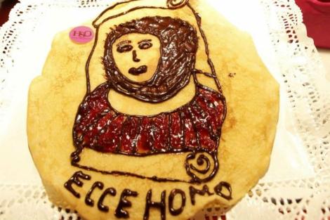 La 'crepe' del 'Ecce homo', en el Mercado de San Miguel. | EFE