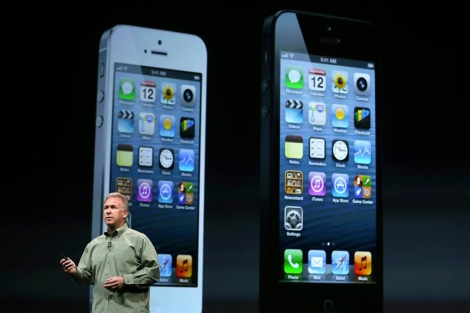 Phil Schiller presenta el iPhone 5. | Afp