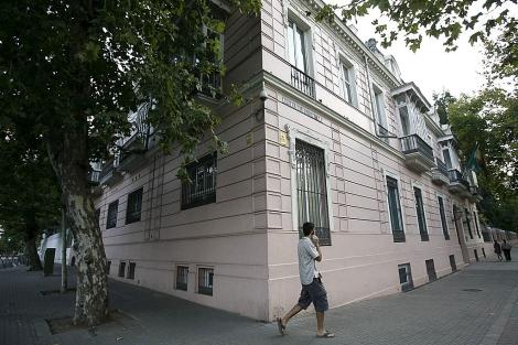 La Casa Rosa, sede de la Junta en la actualidad semi vacía. | E. Lobato