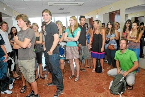 Recepción de estudiantes extranjeros en la Universidad de Valladolid. |Jonathan González