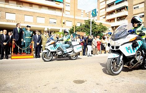 Un momento del desfile de la Guardia Civil ante las autoridades. | E. Torres
