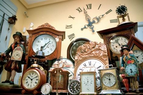 Relojería de la calle Arganda. | Diego Sinova