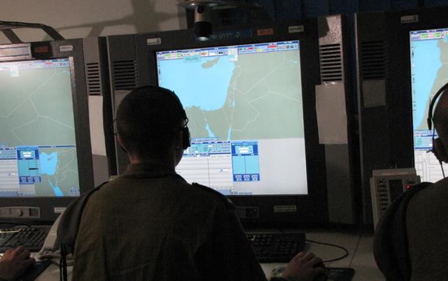 El control de la Defensa Aérea de Israel durante el simulacro. | S.E.