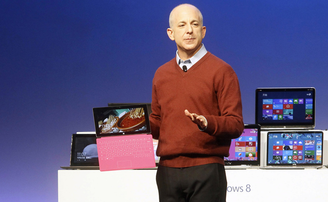 El presidente de la división de Windows, Steven Sinofsky, presenta Windows 8. | Reuters