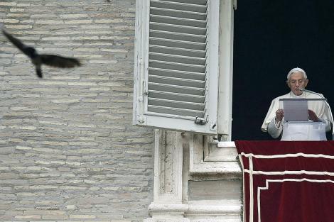 El papa Benedicto XVI en la misa del Angelus, el día 4 de noviembre. | Reuters