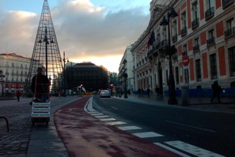 El carril bici de Madrid ya llega a Sol 1354178832_0
