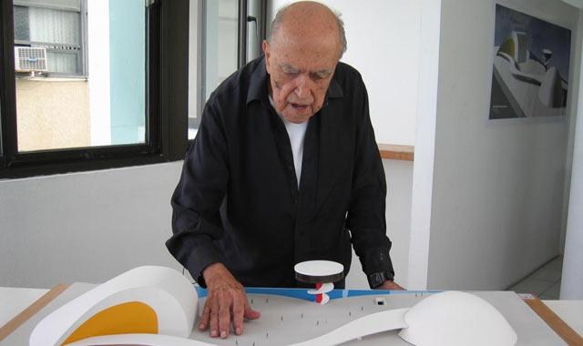 Oscar Niemeyer. VEA MÁS IMÁGENES