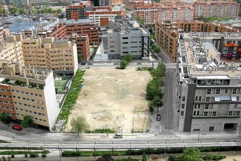 Imagen de un solar de Madrid. | EM